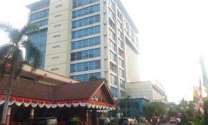 Foto Jokowi-Ma'ruf Amin Belum Ada di Gedung Pemkot dan DPRD Kota Bekasi