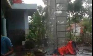 pekarangan Musala Al Ikhlas, Desa Ciantra, Kecamatan Cikarang Selatan, Kabupaten Bekasi, Jawa Barat.
