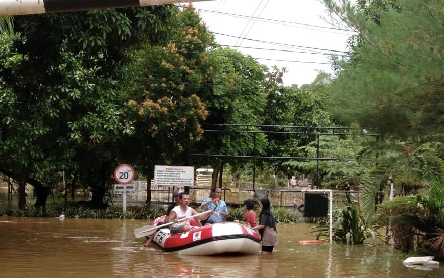 Diterjang Banjir 2 Hari, Warga Perum Bumi Nasio Indah Butuh Bantuan Makanan