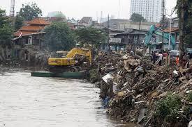 Banjir, Dua Kali di Kota Bekasi Mulai Dinormalisasi