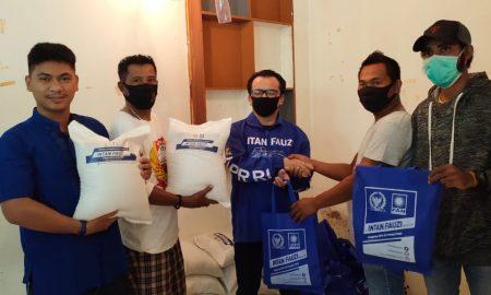 Peduli Pers Kota Bekasi, Anggota DPR Intan Fauzi Salurkan Bantuan Sembako