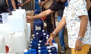 Sukurin! Dua Warga Cikarang Diringkus Gegara Timbun Ratusan Jerigen Hand Sanitizer