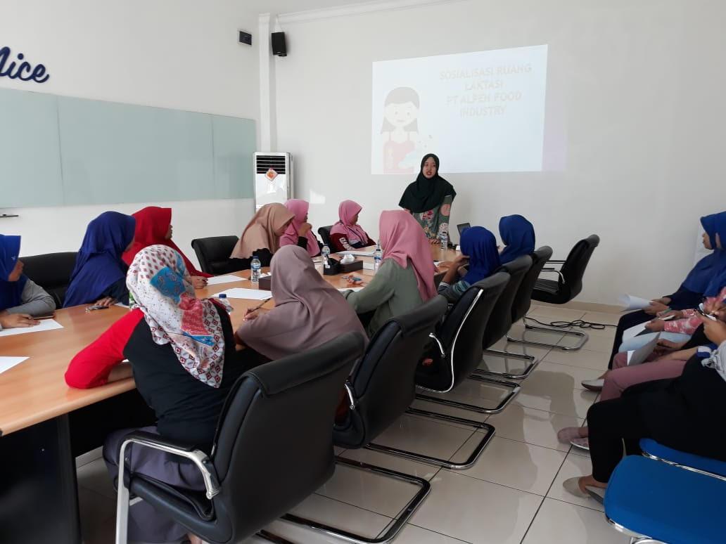 Acara sosialisasi Laktasi bagi Karyawati PT. AFI. Sosialisasi keselamatan dan kesehatan kerja dilakukan secara rutin, agendanya minimal setiap bulan ada training ttg K3 dan kesehatan