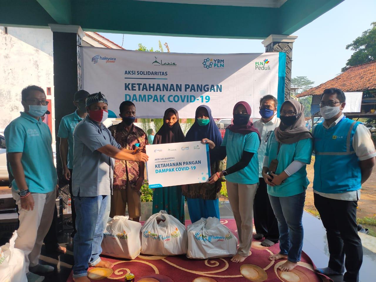 PLN UP3 Serahkan Bantuan Paket Sembako Dan Bantu Sarana Pendidikan PAUD