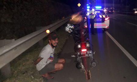 Pemotor Masuk Tol JORR, Polisi: Mabuk dan Sudah Dipulangkan