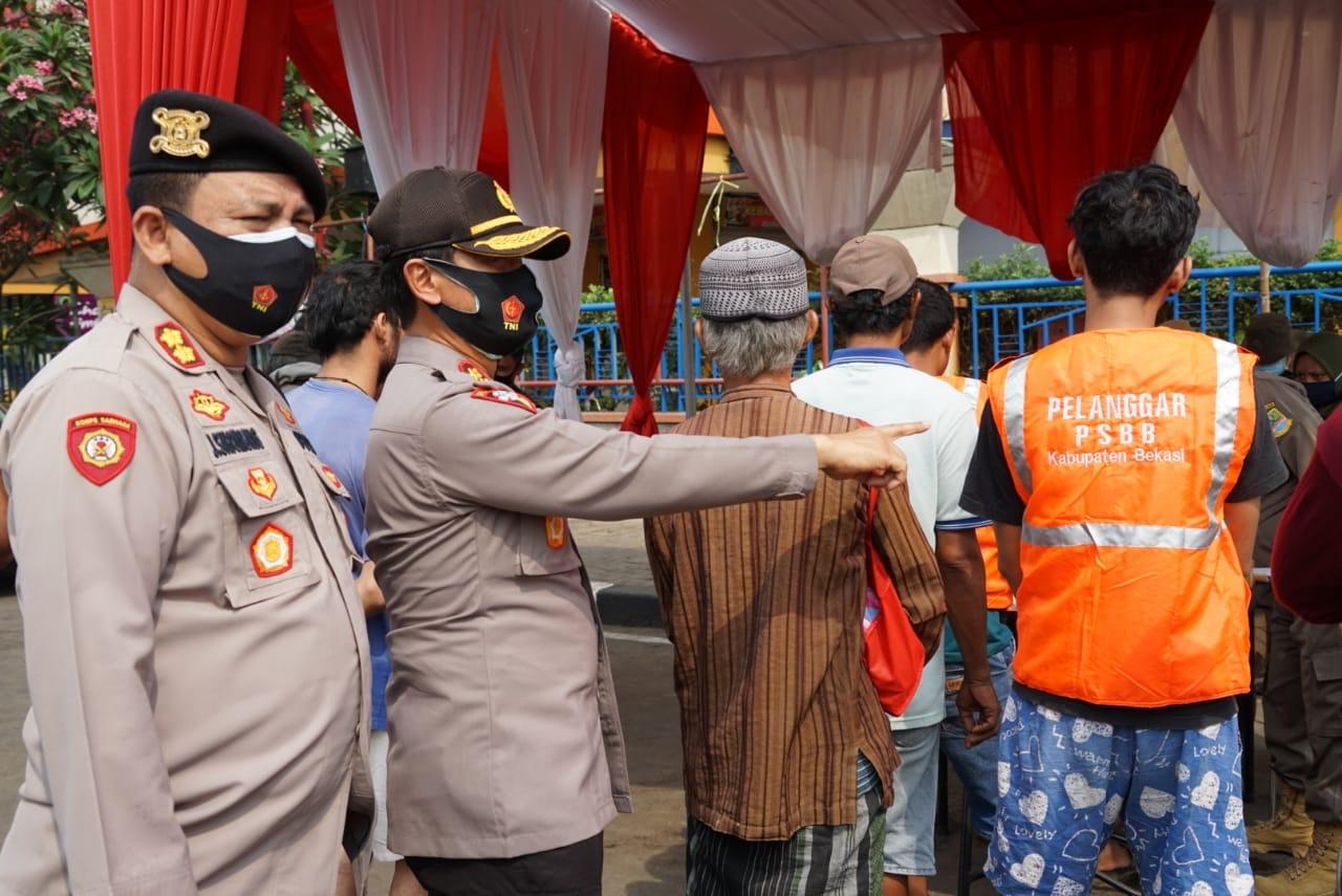 Tak Mengenakan Masker,Puluhan Orang di Kabupaten Bekasi Terjaring Operasi Yustisi