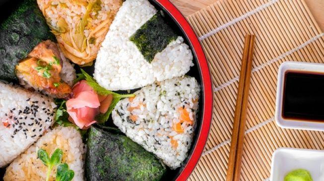 Onigiri isi Tuna